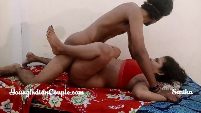 Chubby Indian College Girl Fucks Her Lover During Vacation Xnxx indian