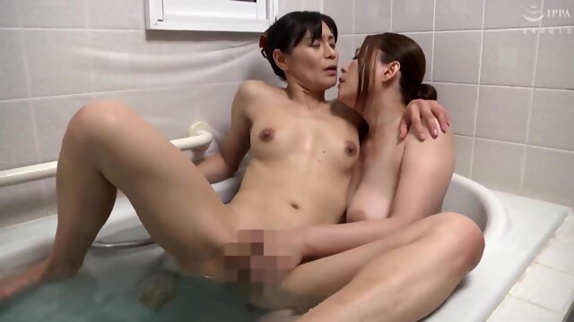 Do Not Look At Me ... Your Husband's Office Is A Perver Xnxx asian
