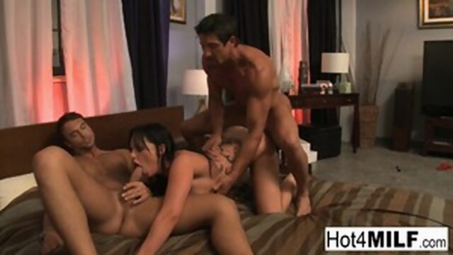 Blindfolded Brunette Gets Surprised with A Threesome! Xnxx hardcore